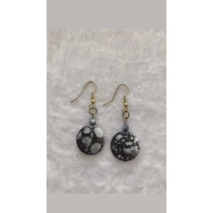 Black and Grey Dangling Earrings